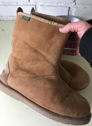 Cabelas Men's boots for Sale, used for sale  Akron, OH