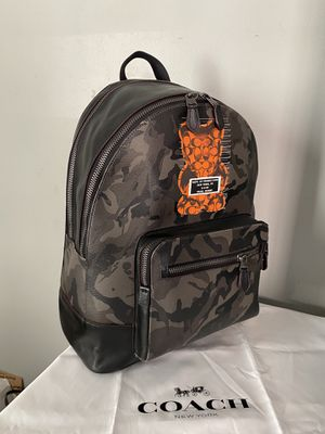 Coach Unisex LIMITED EDITION large Vandal Gummy Bear backpack for Sale in Garden Grove, CA