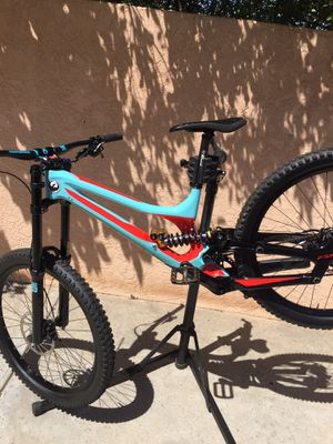 2017 specialized demo 8 carbon for Sale in Chula Vista, CA