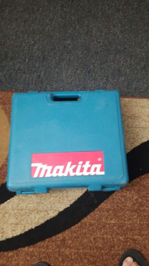 DRILL MAKITA 2.6 AH CHARGER IN 1 BATTERY for Sale in Allentown, PA