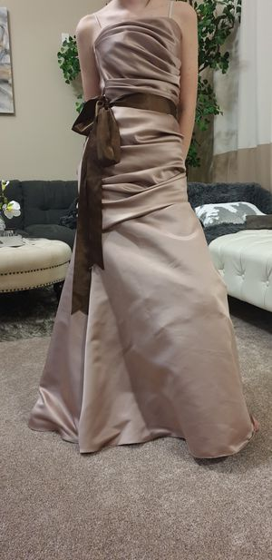 Beautiful formal dress/ prom dress size 2 for Sale in Gibsonton, FL