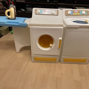 Vintage Little Tikes Washer & Dryer for Sale in East Brunswick, NJ