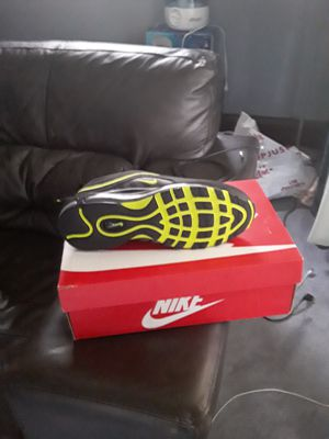 Nike shoes size 9s for Sale in Cleveland, OH