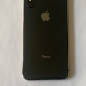 256GB iPhone X Unlocked for Sale in Riverside, CA