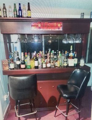 Wood Bar with stools for Sale in Upland, CA