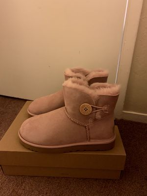 100% Authentic Brand New in Box UGG Bailey Button II Mini Boots / Women size 7 and Women size 9 / Color: Pink Crystal for Sale in Pleasant Hill, CA