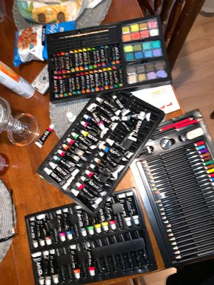 Paint supplies / art supplies for Sale in Long Beach, CA