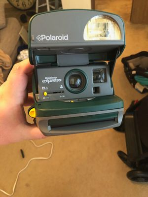 Polaroid Brand Polaroid Camera with carrying case! for Sale in Gilbert, AZ