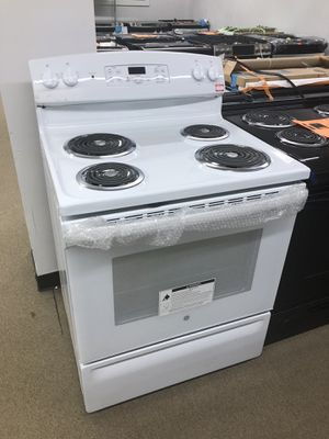 Ge White electric range on sale for Sale in Norcross, GA