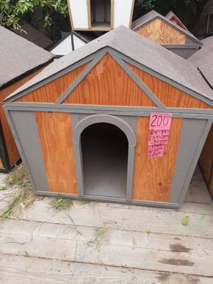 gray medium size dog house for sale for Sale in Corona, CA