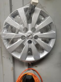 Nissan HUB CAP New Factory Part for Sale in Hayward,  CA