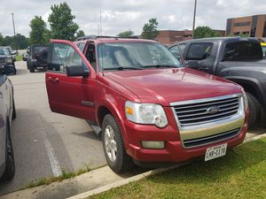 Ford explorer 2008 in very good condition . 155000 miles . 3700$ I want to sell this car because I'm traveling back home soon for Sale in Waynesville, MO