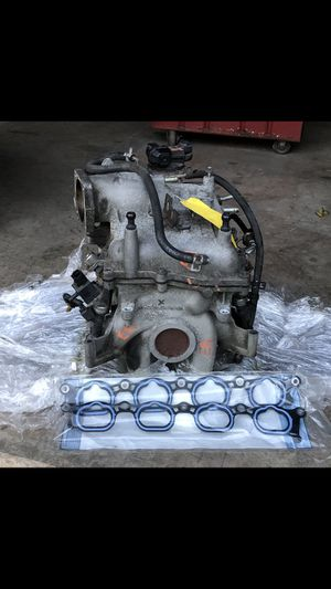 Hard to find complete upper intake assy for Sale in Sinking Spring, PA