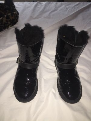 Authentic Ugg Boots Size 5 Women's for Sale in Silver Spring, MD