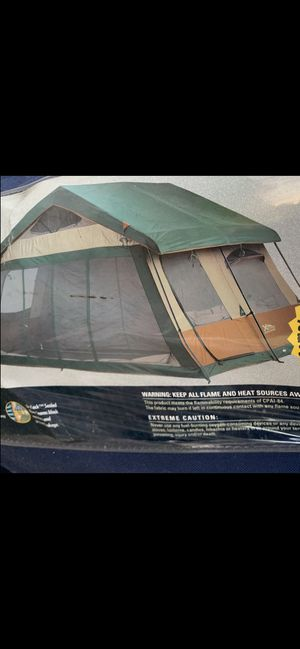 10 person tent for Sale in Redlands, CA