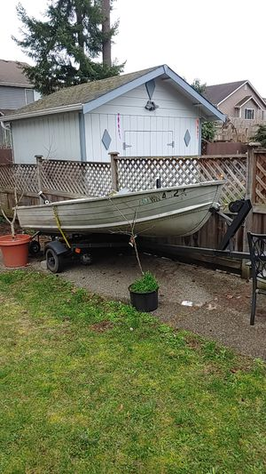 12' aluminum boat with trailer for Sale in Maple Valley, WA