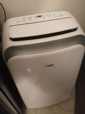 Artick king portable ac and heater unit for Sale in Las Vegas, NV