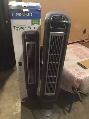 """Lasko 42"""" oscillating tower fan like new excellent condition never used open box for Sale in Las Vegas, NV"""