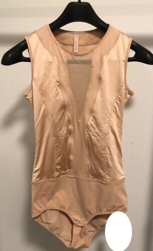 Wear in Good Health toasted almond slim bodysuit size medium for Sale in Inverness, IL