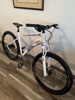 BMC Mountain bike hydraulic brakes like new for Sale in Miami Gardens, FL