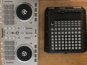 DJ beginners kit Numark and Akai APC 20 for Sale in Washington, DC