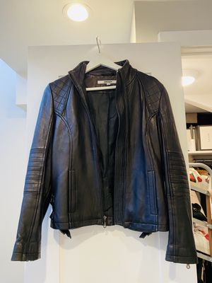 Leather jacket for Sale in Staten Island, NY