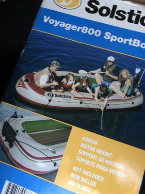 Inflatable boat for 6 passengers for Sale in Whittier, CA