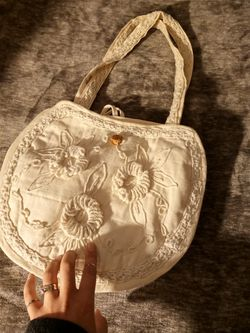 Embroidered Linen Purse for Sale in Whittier,  CA