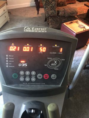 OCTANE FITNESS Elliptical for Sale in Apex, NC