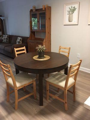 IKEA Bjursta dining table (extendable) for Sale in Boca Raton, FL