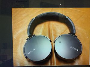 Sony - XB650BT Over-the-Ear Wireless Headphones - Black for Sale in WARRENSVL HTS, OH