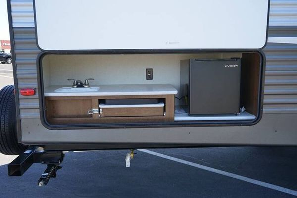 2019 PRIME TIME AVENGER ATI M-27- OPEN SUNDAY-BUNKS-OUTDOOR KITCHEN -Available - 7 days a week. CALL / TEXT ANYTIME 一-5TH WHEELS, TRAVEL TRAILERS, BO