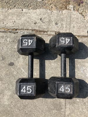 45 lbs of dumbbells set for Sale in Los Angeles, CA