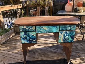 Desk/ Table for Sale in Baltimore, MD