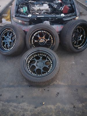 "18""Aodhan DS01 gloss black rims for Sale in Reedley, CA"
