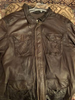 Xl men's brown leather bomber jacket for Sale in Hamilton, OH