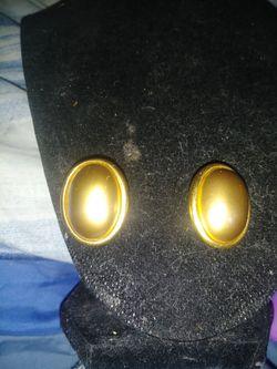 Carolee Clio On Earrings for Sale in Wichita,  KS
