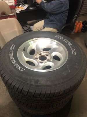 Ford Explorer wheels and tires for Sale in Annandale, VA