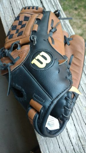 Wilson's elite right-handers fielders baseball glove for Sale in Columbus, OH