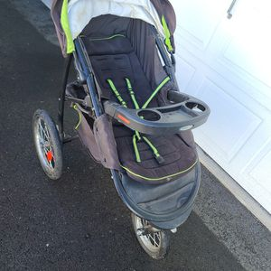 Graco Jogging Stroller for Sale in Montesano, WA