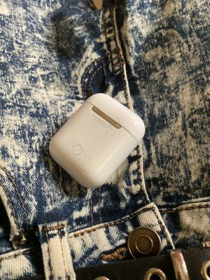 AirPods 2nd Generation for Sale in Portsmouth, VA