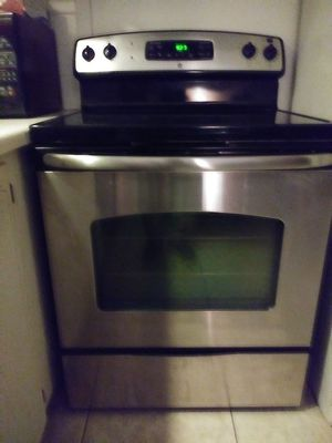 GE Glass Top Stainless Steel Oven for Sale in West Palm Beach, FL