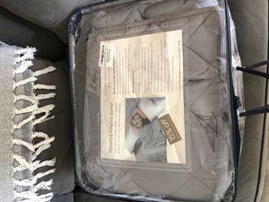Weighted blanket for Sale in Norwalk, CT