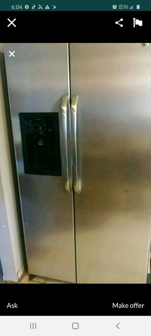 GE stainless steel refrigerator for Sale in Columbus, OH