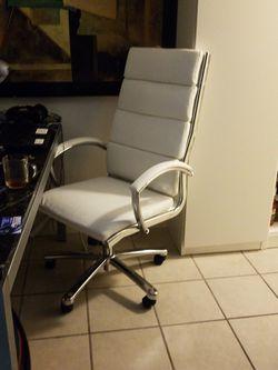 Office Executives Desk Chair for Sale in La Mesa,  CA