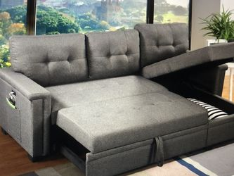 ASHLYN REVERSIBLE SLEEPER SOFA for Sale in St. Louis,  MO