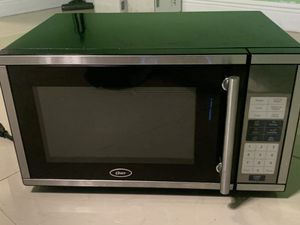 Small microwave for Sale in Miami, FL