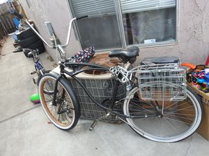 Trailer for bike and bike frame need gone and bike75.00 for Sale in Stockton, CA