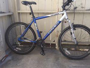 """19.5"""" Trek 4500 Mountain Bike for Sale in San Marcos, CA"""