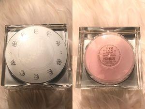 New BECCA Soft Light Blurring Powder 'Pink Haze' (sheer soft pink) for Sale in Modesto, CA